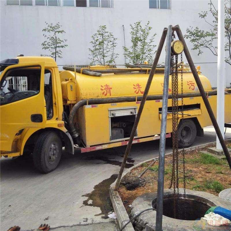 沈阳于洪区大街气囊管道堵水施工