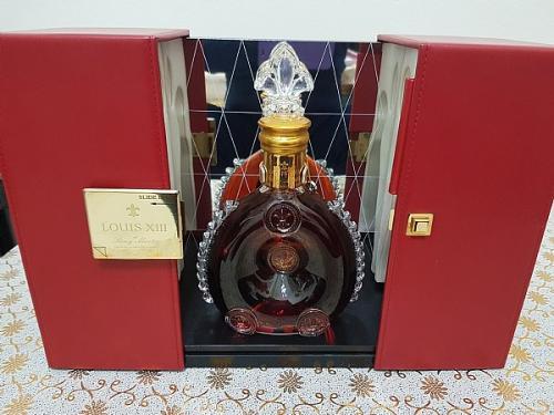 海淀区回收新装路易十三酒瓶/常年为您服务