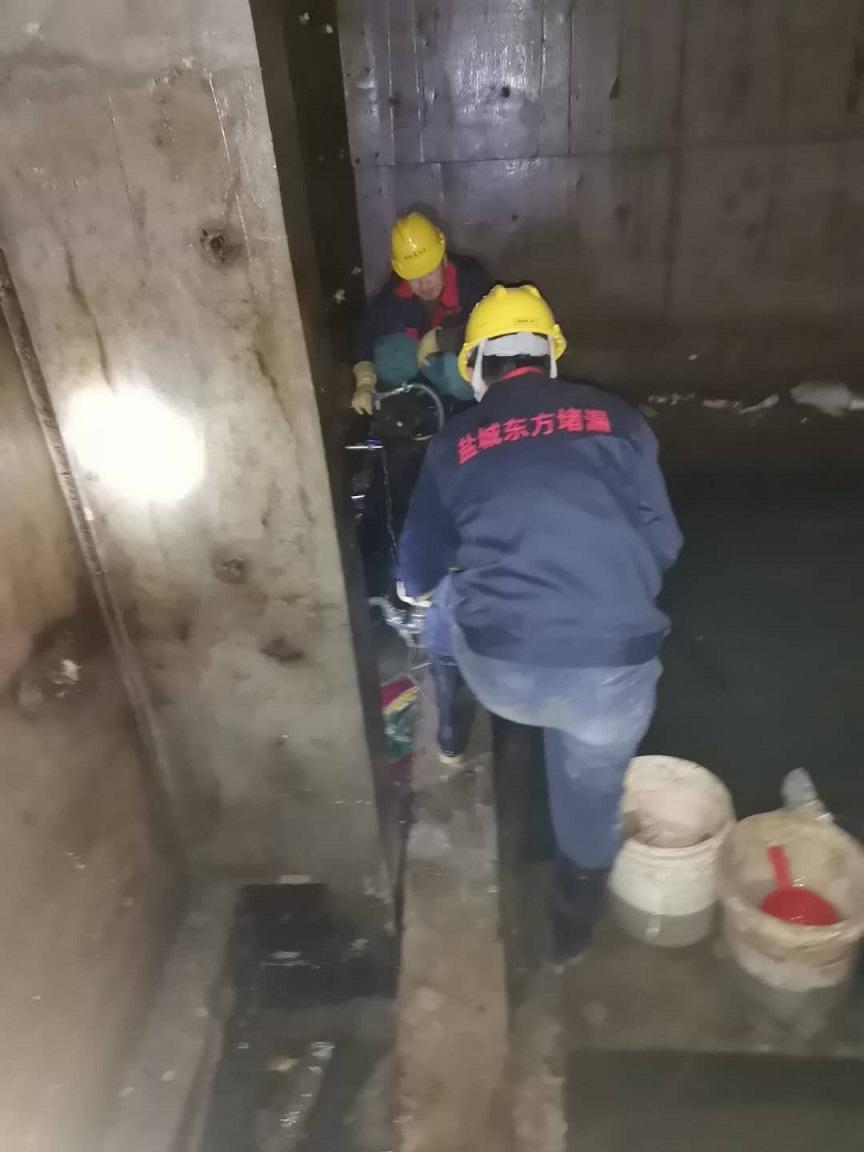 三亚吉阳船坞堵漏公司——诚信服务