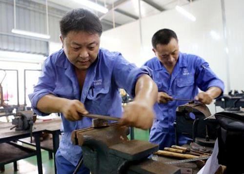 徐州市如何报考钳工证考试流程考试内容含金量高