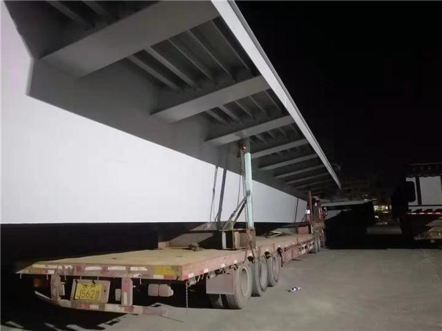 宝鸡渭滨彩钢瓦更换公司——环保施工