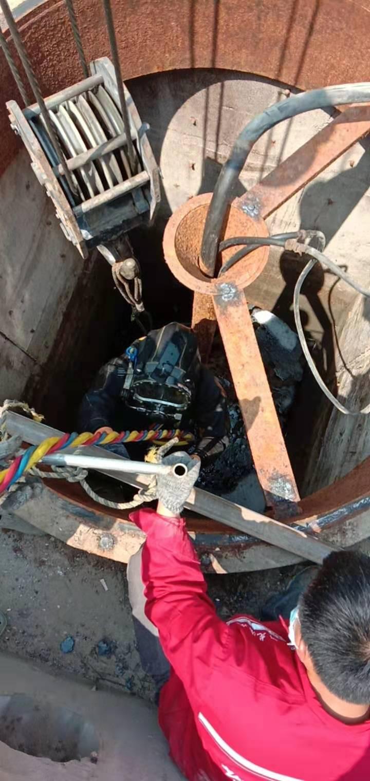 河源市潜水员作业公司——专业潜水施工队