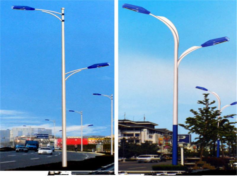 西安路灯销售电话/太阳能路灯价格