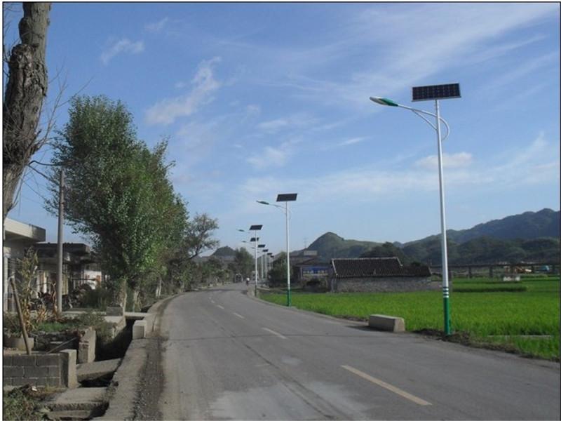 九寨沟路灯销售/太阳能路灯安装
