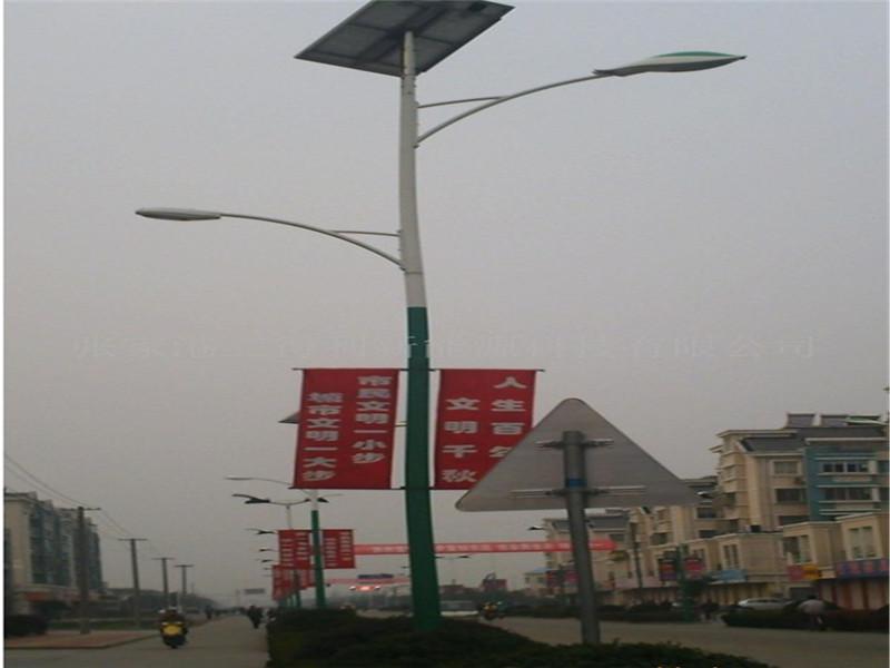 炉霍路灯维修电话/太阳能路灯价格