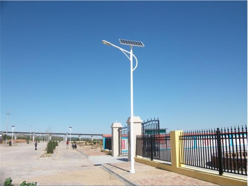 项城路灯安装/太阳能路灯价格