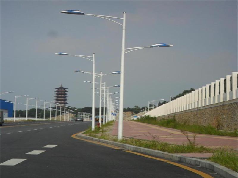 牙克石景观灯安装/太阳能路灯购买