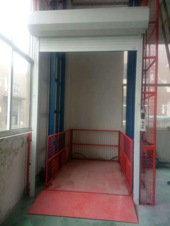 宝鸡凤翔电梯=链条式货梯操作于使用