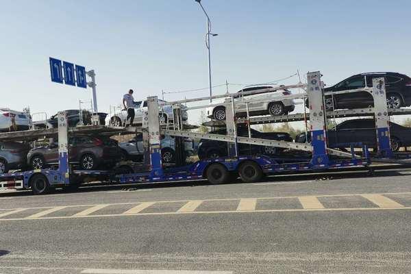 新疆克拉玛依市拖轿车到东北查看更多
