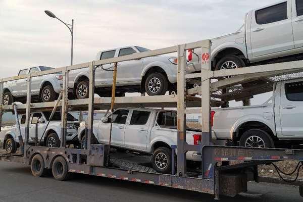 新疆哈密地区运一台私家车到武汉查看更多