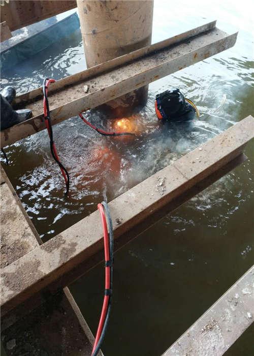 阜新市蛙人打捞队——当地潜水单位