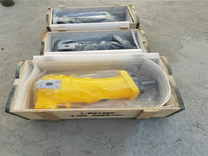 水定向钻机液控旋转推拉马达803091800定量柱塞马达