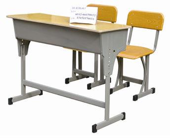 北京怀柔钢木课桌厂家价格