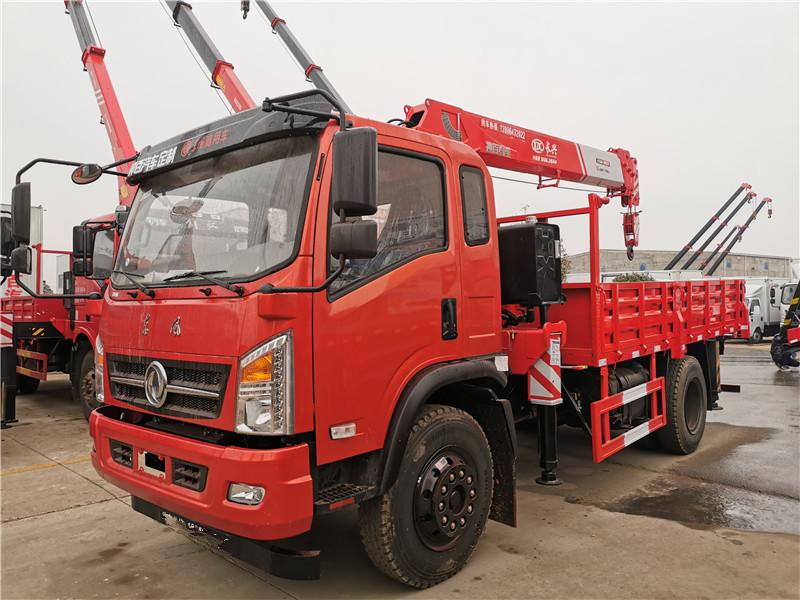 驻马店市陕汽8吨随车起重运输车图片和配置