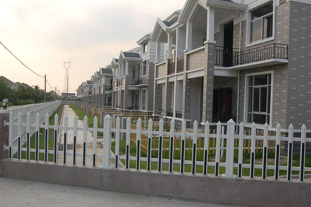 固始草坪围栏草坪护栏厂商出售衡水精创金属