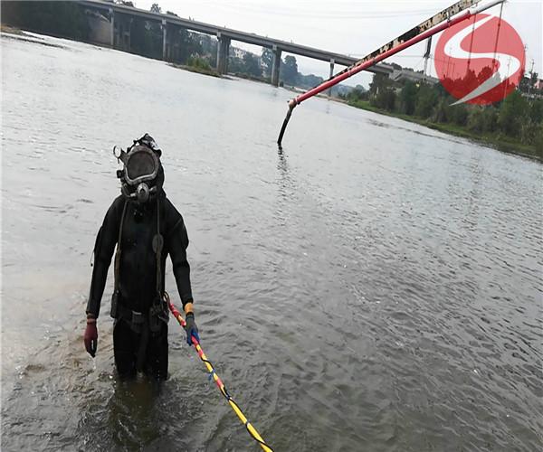 海上台铺管——(咸宁市沉管作业