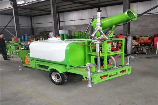 新闻:湖南长沙 工地除尘洒水车 小型工地洒水车 参数
