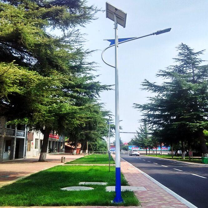 南宫6米太阳能路灯30瓦直接发货