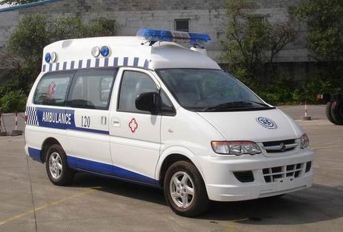 潍城私人救护车出租服务热线