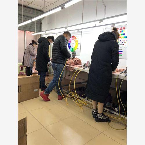 浙江省湖州市羊毛衫可以修色 喷色 补色欢迎致电