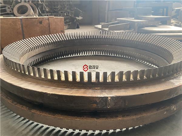 周口ZGMn13Cr2离心铸件大叶轮