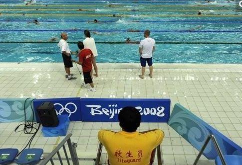 郑州市考个游泳救生员证要多少费用让你梦寐以求