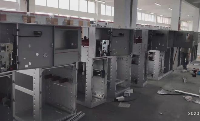 固原市10KV高压电缆分支箱带开关DFW-10/630实物图片