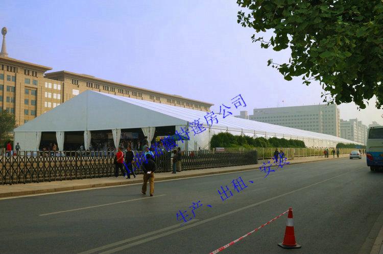东营钢架篷房生产厂家棚房出租蓬房租赁公司搭建场地只要平整都可以安装