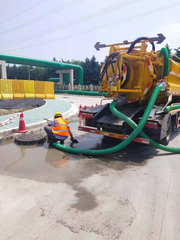 无锡市滨湖区河埒街道油污管道清洗来电解难