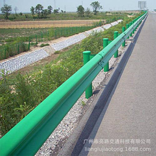 景德镇市乐平市2021公路波形梁护栏多少钱一米