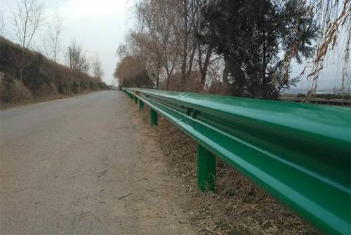鄂州市梁子湖区2021公路波形护栏板生产厂家直销