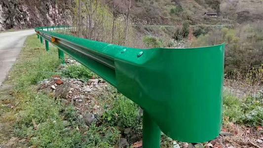 嘉兴市嘉善县2021公路波形梁护栏多少钱一米