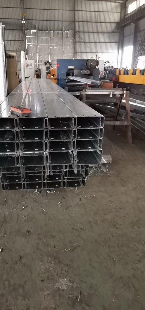 高清图200*70*20镀锌C型钢欢迎来电