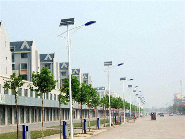 郴州太陽能路燈定制廠家_貨到再付款