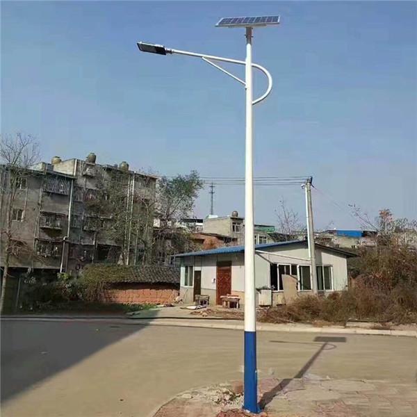 青海黄南6米太阳能路灯价格-厂家批发价包安装