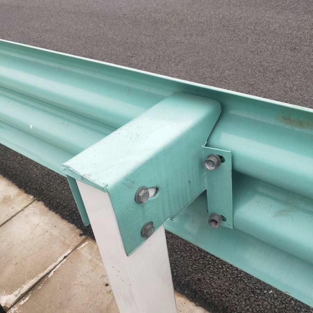 厂家公告:合肥三波形护栏板生产厂家