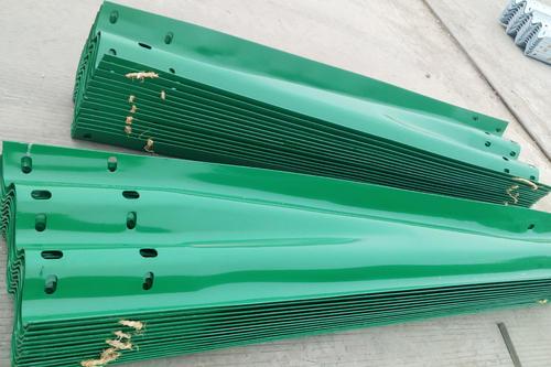 乾安2021波形护栏板样式新颖