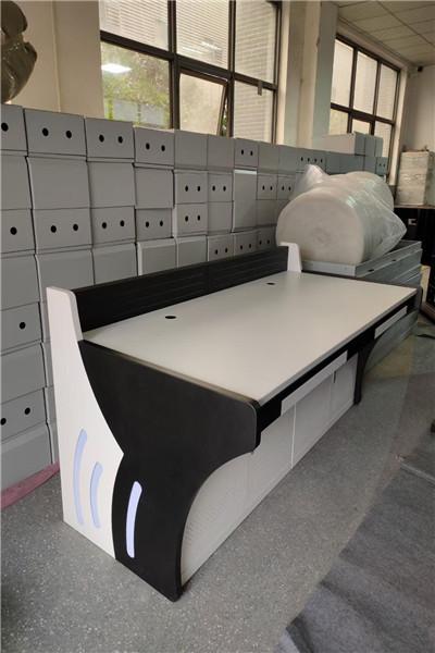 新平室外防水监控机箱  5米监控立杆_自有工厂制作