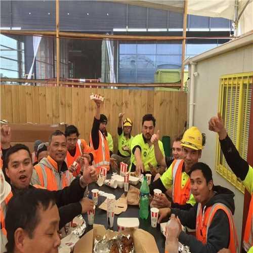 锦州市出国劳务新西兰一手单奶粉厂普工库管月薪3万
