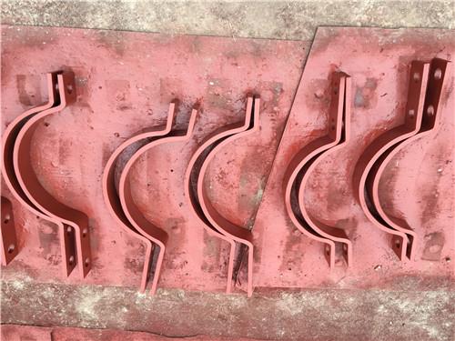 陕县合金A10四螺栓管夹外形