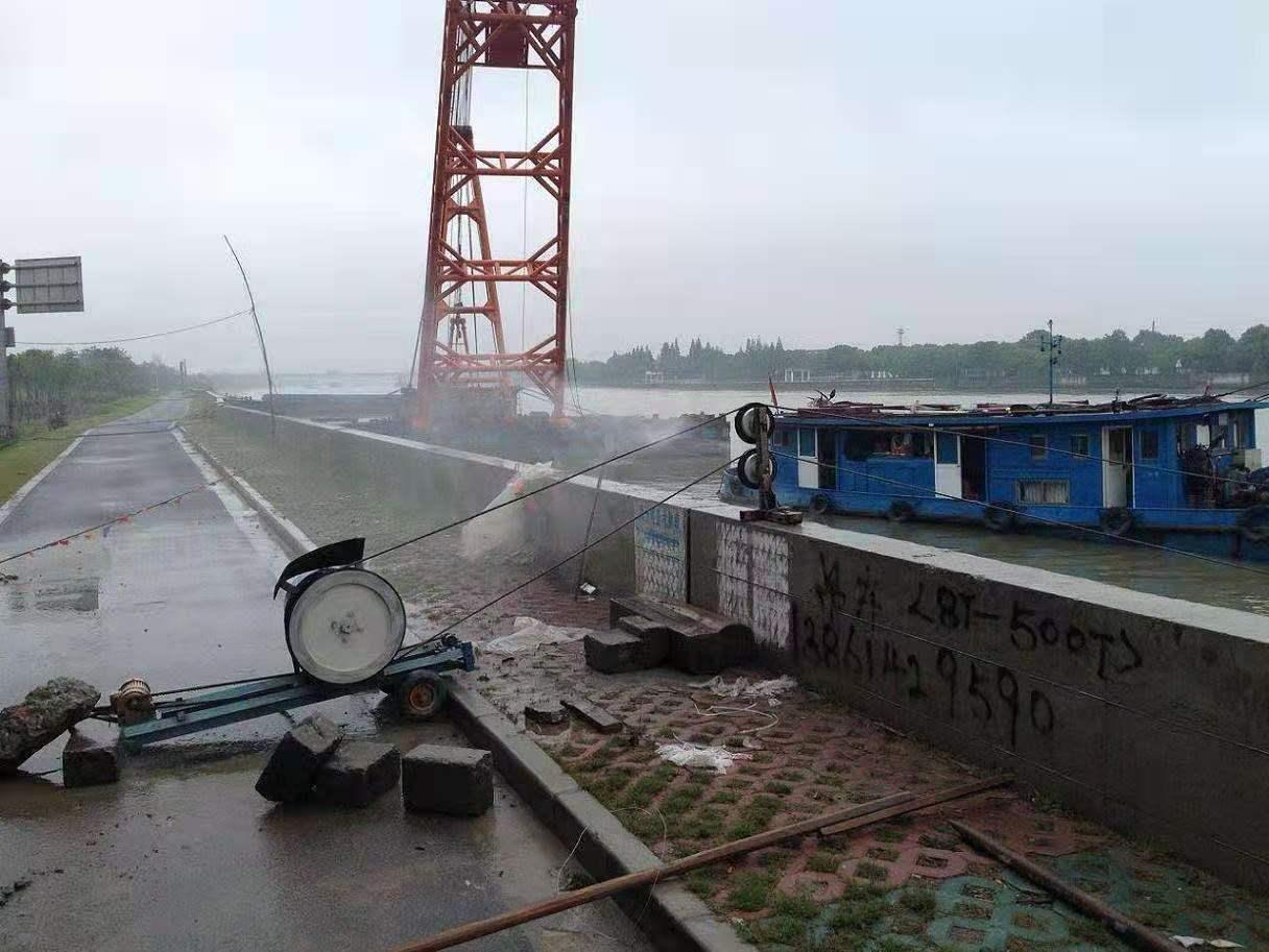 湖州高速防撞墙切割拆除方法与特点