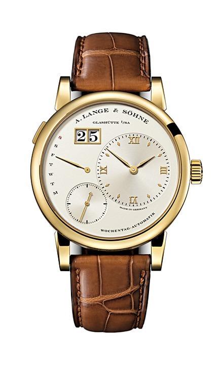安徽铜陵手表二手名包名表一般能卖多少钱