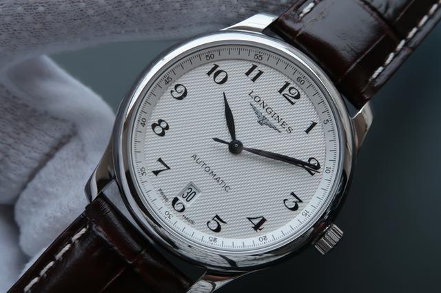 池州手表萧邦回收-二手名表一般能卖多少钱