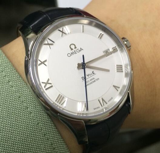 咨询无锡锡山回收爱彼手表价格询问