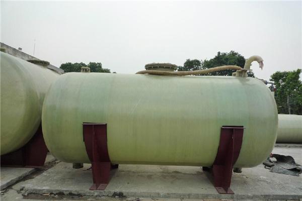 云南丽江玻璃钢酸雾罐抗老化 寿命长欧意科技集团