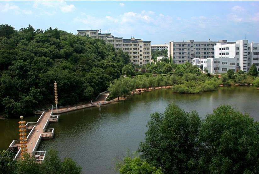 湖南科技职业学院五年一贯制大专药学专业入学难不难呢