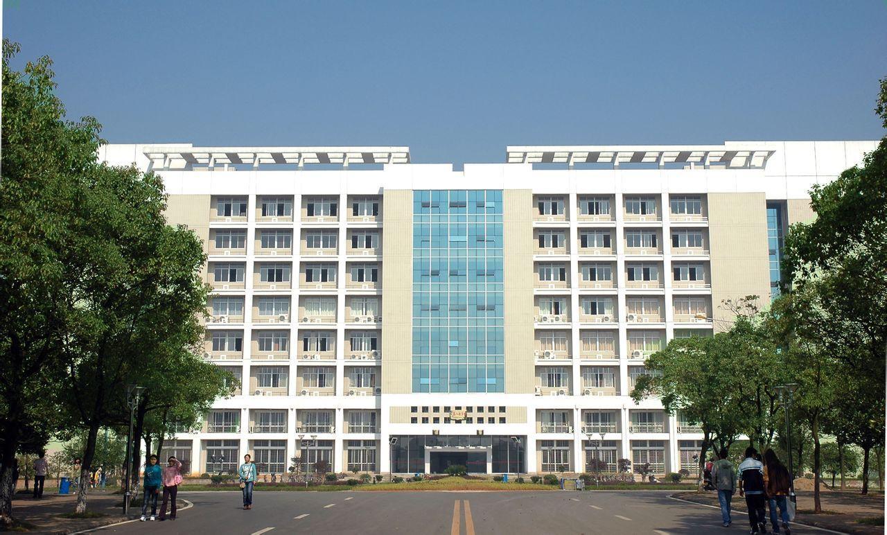 (学姐来介绍)湖南省中南艺术学校怎么样呢(学费介绍)
