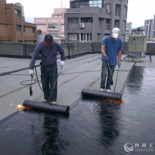 诚信施工江阴市青阳镇阳台漏水维修正规公司