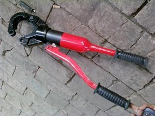 新疆塔城注浆管厂家 钢花管现货-------实力厂家