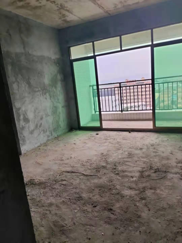 重大消息凤岗【翡翠名苑】2大型停车场,主干道旁,整栋大红本多少方的?